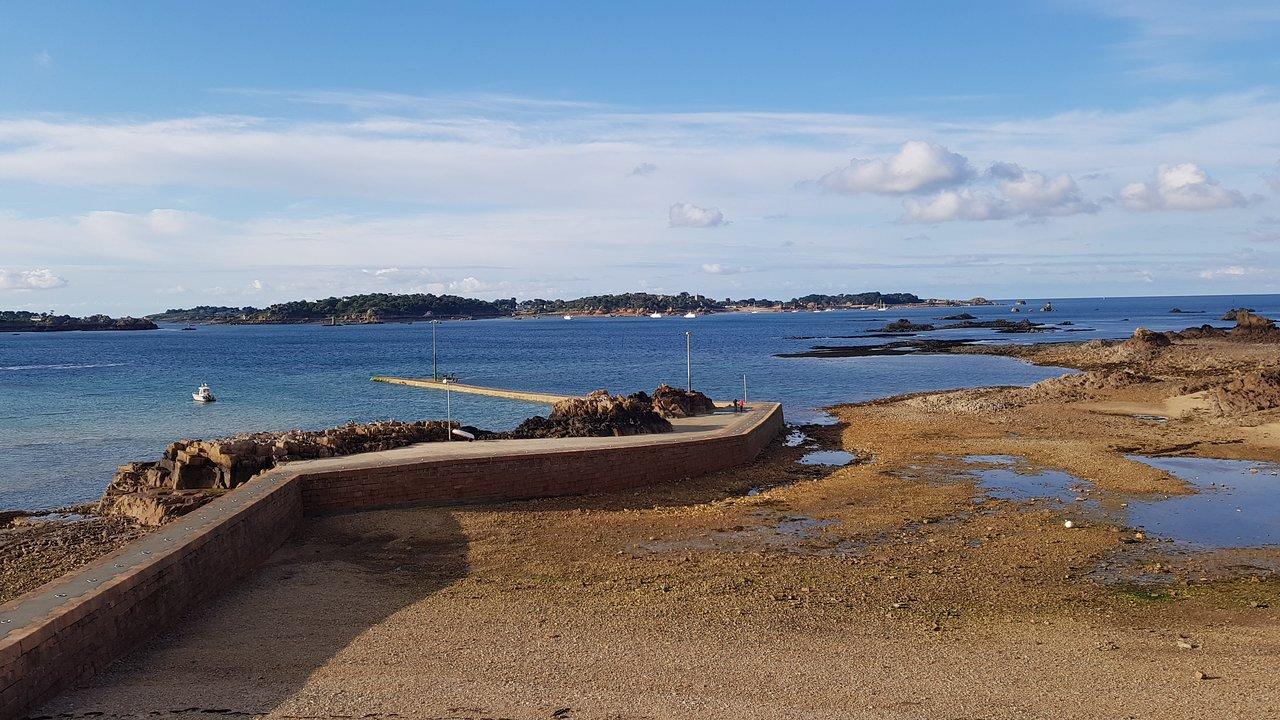 Quai, port départemental de l'Arcouest, 22620 Ploubazlanec